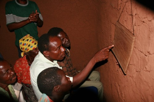 Healing sessions using the television in Mozambique © Dr. Victor Igreja